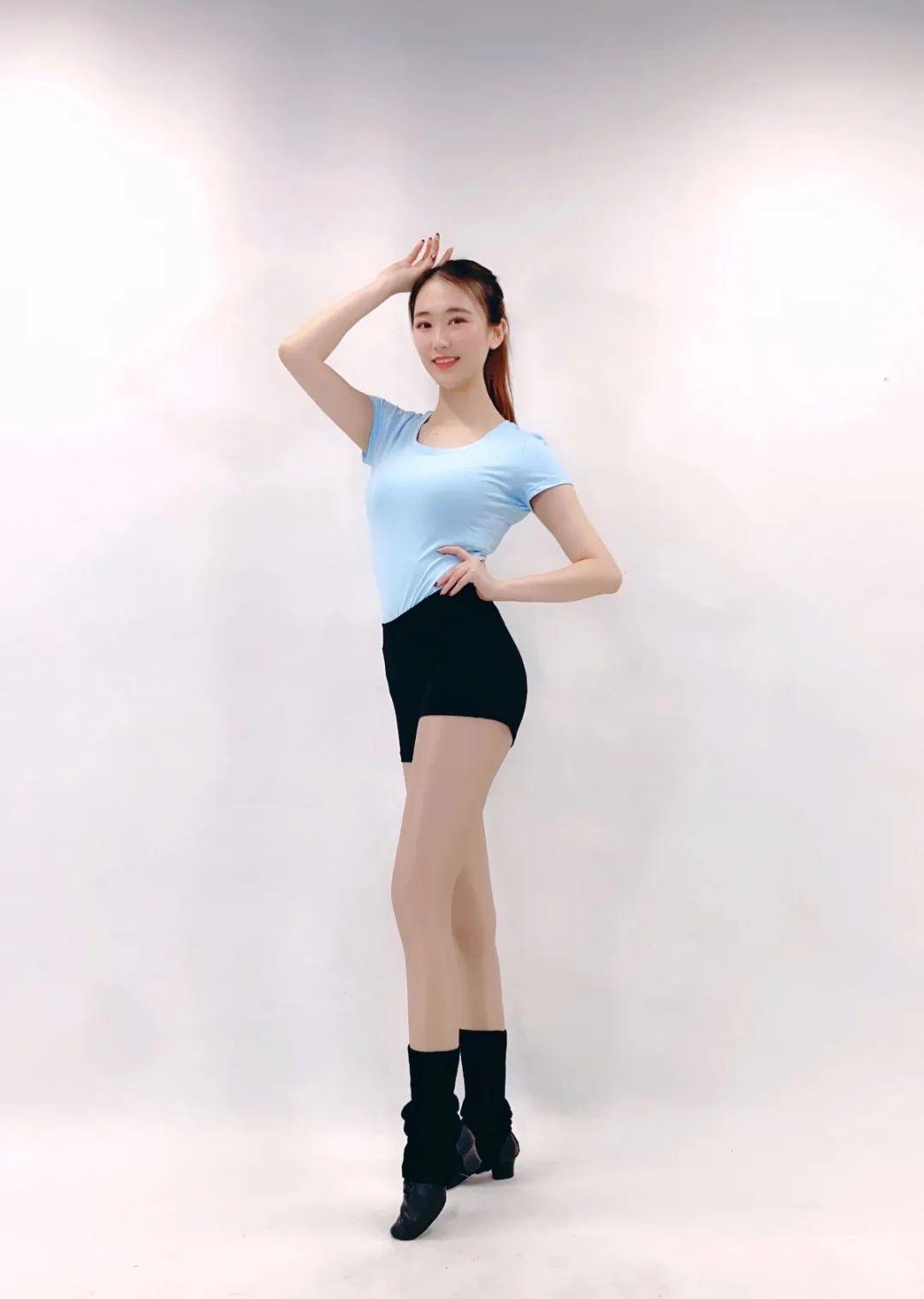 舍宾教练朱怡旻美图